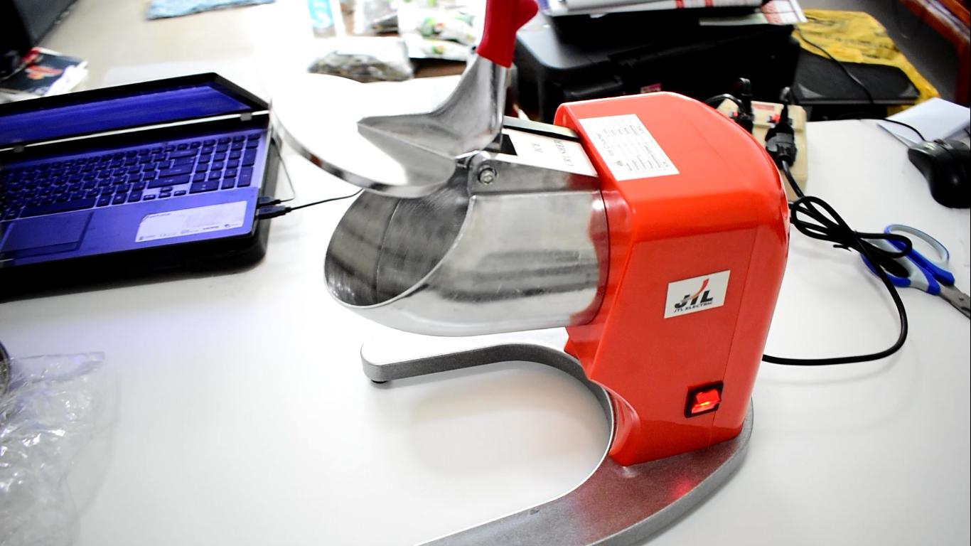 IC020 เครื่องทำน้ำแข็งใส